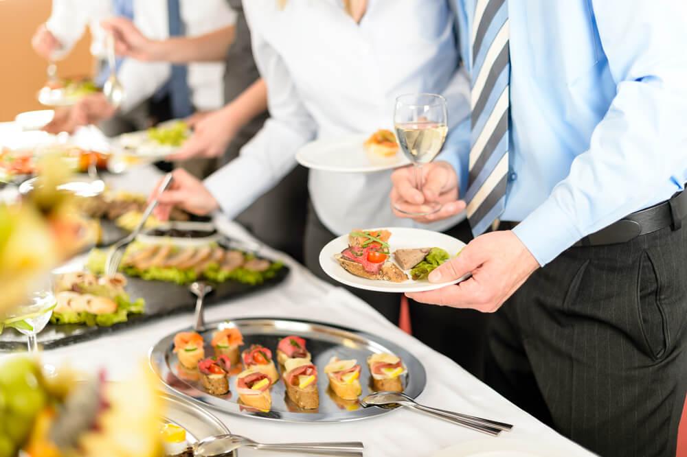 Resultado de imagem para gastronomia corporativa para atrair gestores de empresas